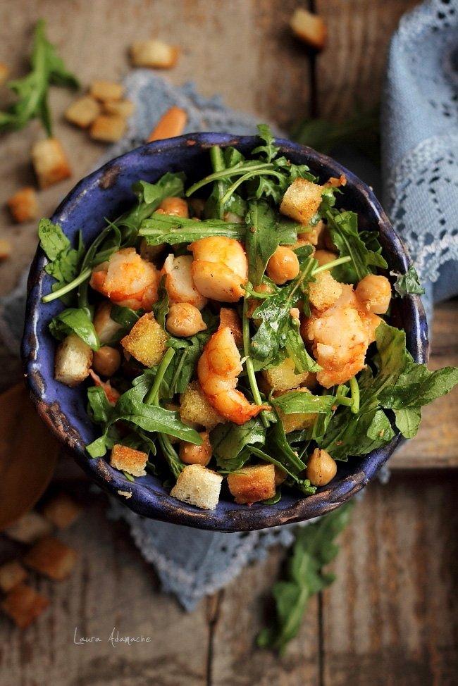 Rețetă Salată de năut cu ton